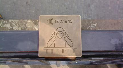 http://www.missingno.de/bilder/blog/dresden/mi_angriff.jpg