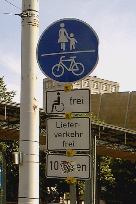 http://www.missingno.de/bilder/blog/gc08/schild.jpg