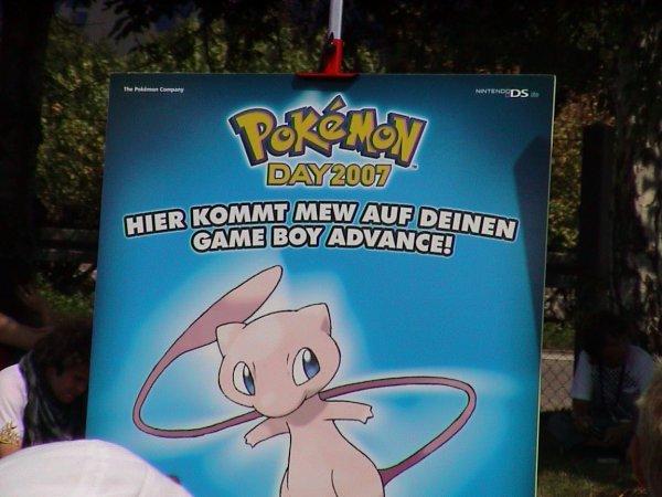 http://www.missingno.de/bilder/blog/pokemonday_2007_mewplakat.jpg